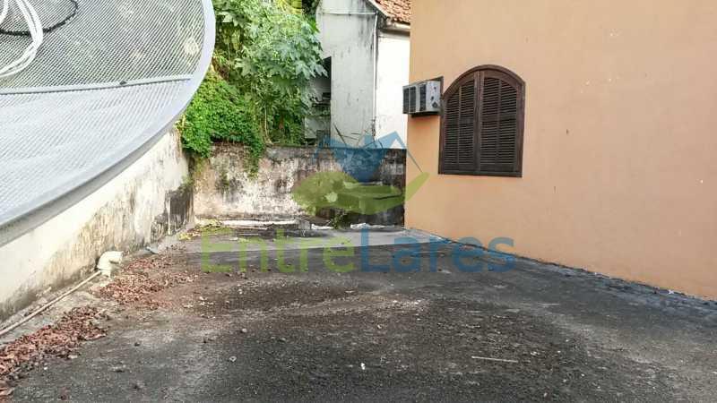 51 - Bancários - Casa c 4 quartos edícula com 2 quartos, varanda, dependências, jardins, 2 vagas - ILCA40035 - 24
