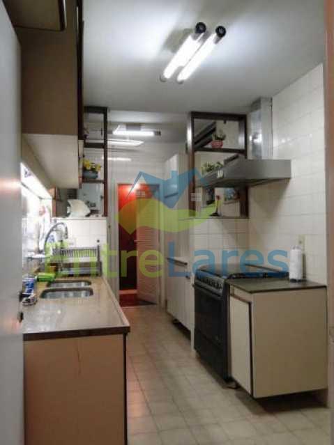 25 - Copacabana apartamento 3 quartos - Cobertura duplex com 2 suítes, terraço, piscina, infraestrutura, 3 vagas - ILAP30096 - 16
