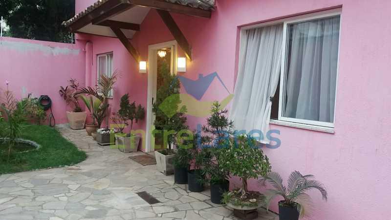 3a - Jardim Guanabara 6 quartos, sendo 2 suítes, Vista mar, piscina, 3 vagas. Rua Conquista - ILCA60011 - 3
