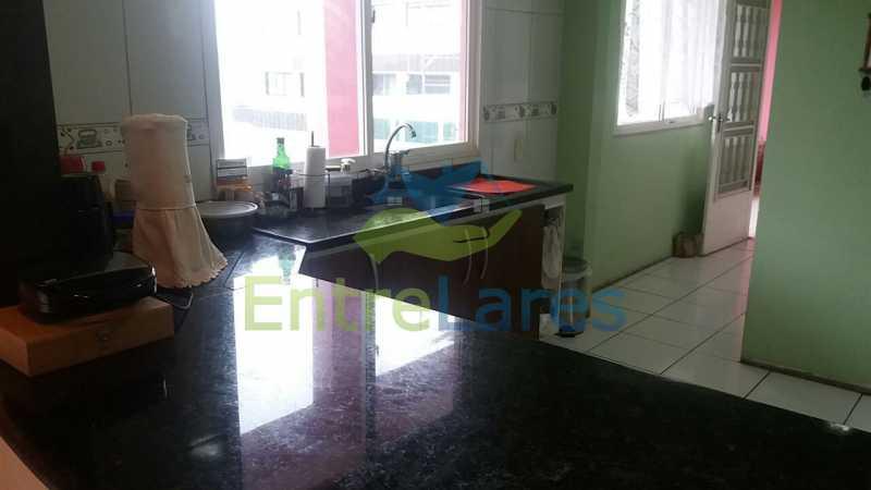 60 - Jardim Guanabara 6 quartos, sendo 2 suítes, Vista mar, piscina, 3 vagas. Rua Conquista - ILCA60011 - 28