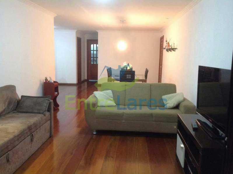 10 - Jardim Guanabara . 4 quartos sendo 2 suítes sendo 1 master com hidromassagem. 3 vagas na escritura. Rua Ipiru - ILAP40033 - 10