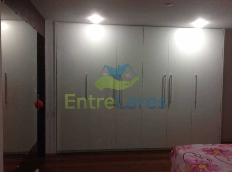 17 - Jardim Guanabara . 4 quartos sendo 2 suítes sendo 1 master com hidromassagem. 3 vagas na escritura. Rua Ipiru - ILAP40033 - 15