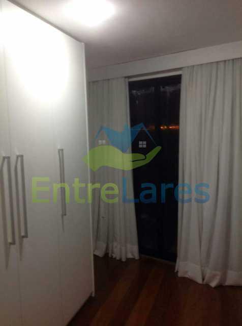 25 - Jardim Guanabara . 4 quartos sendo 2 suítes sendo 1 master com hidromassagem. 3 vagas na escritura. Rua Ipiru - ILAP40033 - 18