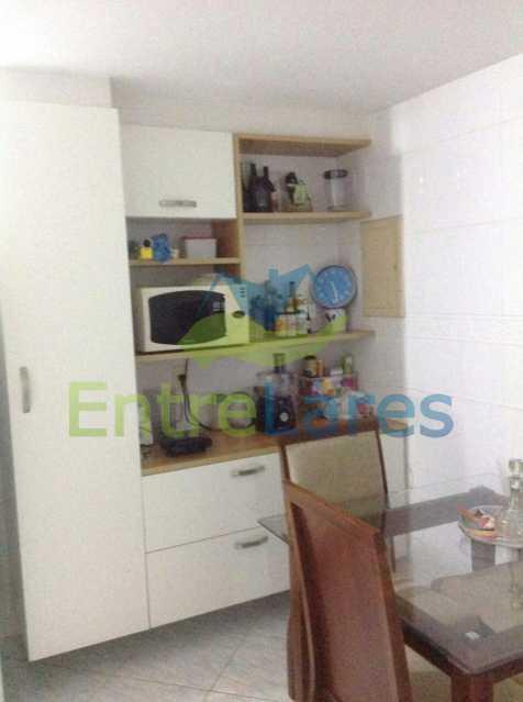 42 - Jardim Guanabara . 4 quartos sendo 2 suítes sendo 1 master com hidromassagem. 3 vagas na escritura. Rua Ipiru - ILAP40033 - 24