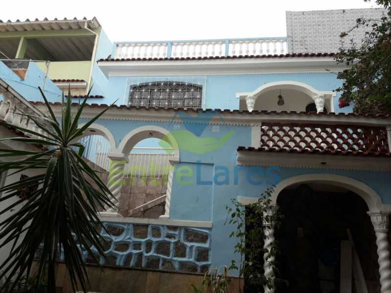 1 - Casa no Jardim Carioca, 6 quartos. 2 grandes casas estilo colonial. Total 6 quartos sendo 2 suítes, 2 vagas de garagem. - ILCA60012 - 1