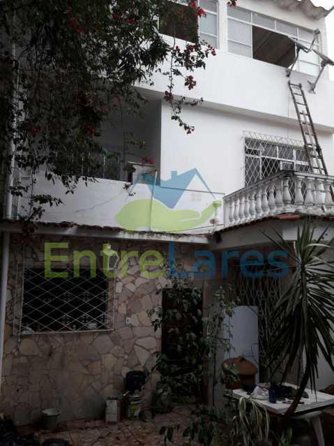 4 - Casa no Jardim Carioca, 6 quartos. 2 grandes casas estilo colonial. Total 6 quartos sendo 2 suítes, 2 vagas de garagem. - ILCA60012 - 11