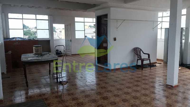 5 - Casa no Jardim Carioca, 6 quartos. 2 grandes casas estilo colonial. Total 6 quartos sendo 2 suítes, 2 vagas de garagem. - ILCA60012 - 12