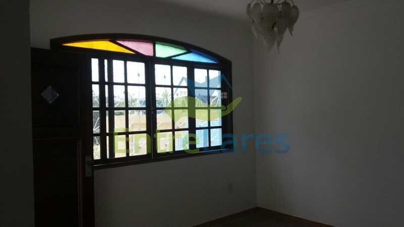 10a - Casa no Jardim Carioca, 6 quartos. 2 grandes casas estilo colonial. Total 6 quartos sendo 2 suítes, 2 vagas de garagem. - ILCA60012 - 15