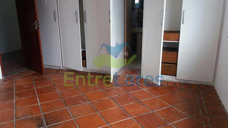 22 - Casa no Jardim Carioca, 6 quartos. 2 grandes casas estilo colonial. Total 6 quartos sendo 2 suítes, 2 vagas de garagem. - ILCA60012 - 20