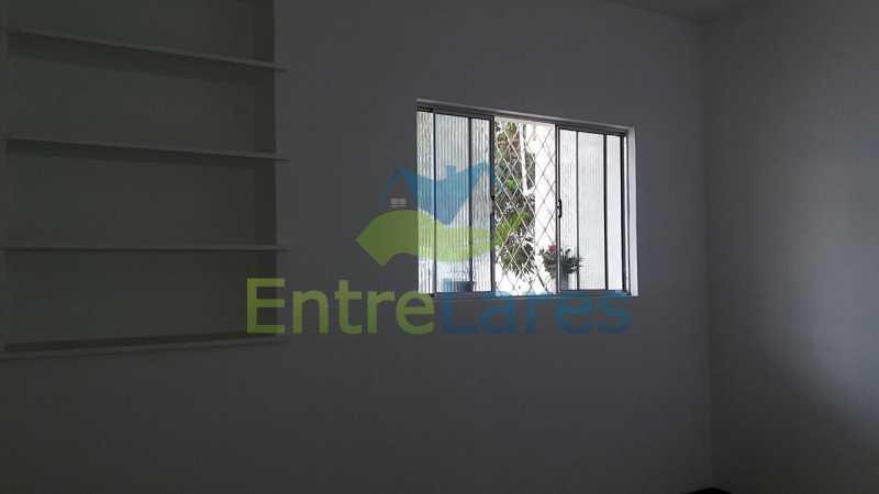 25 - Casa no Jardim Carioca, 6 quartos. 2 grandes casas estilo colonial. Total 6 quartos sendo 2 suítes, 2 vagas de garagem. - ILCA60012 - 24