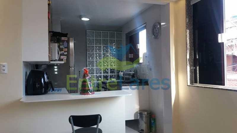 10 - Casas na Portuguesa, 4 quartos sendo 1 suíte, 1 vaga de garagem. Rua Amanda Guimarães. - ILCA40066 - 9