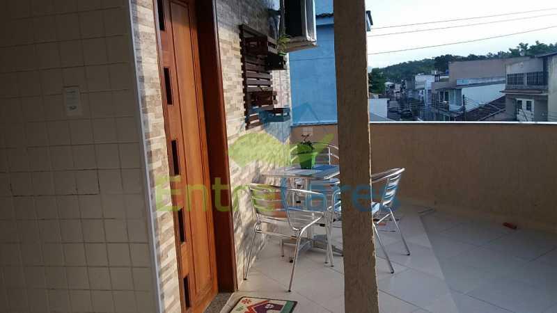 61 - Casas na Portuguesa, 4 quartos sendo 1 suíte, 1 vaga de garagem. Rua Amanda Guimarães. - ILCA40066 - 21