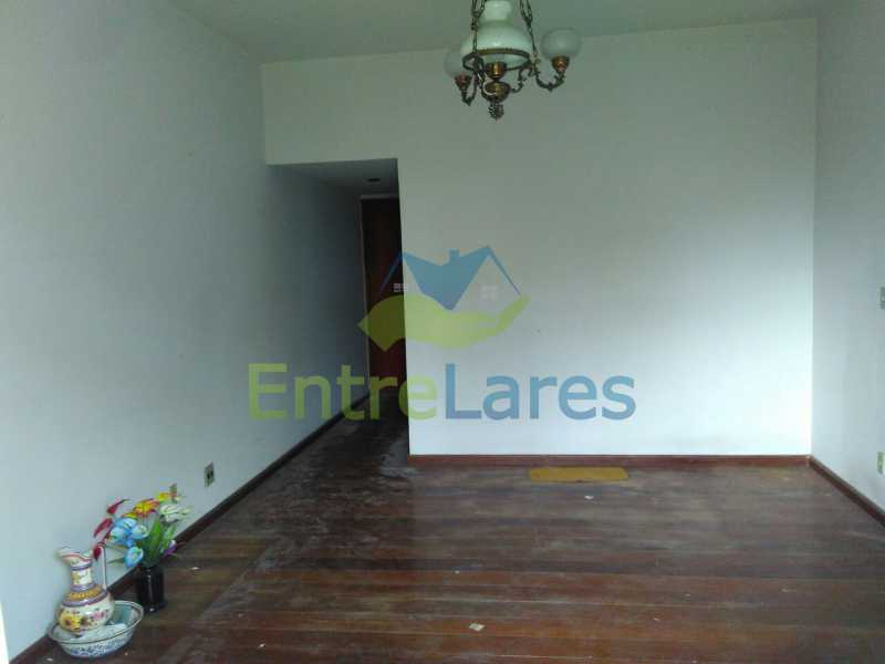 9 - Apartamento no Jardim Guanabara, 3 quartos sendo 1 suíte, precisando modernizar, 2 vagas de garagem. Rua Aylton Vasconcellos. - ILAP30195 - 5