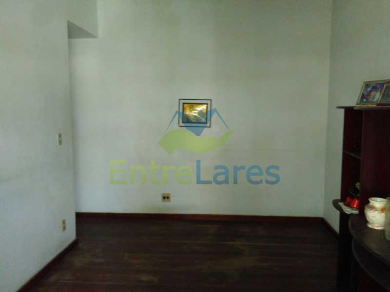 10 - Apartamento no Jardim Guanabara, 3 quartos sendo 1 suíte, precisando modernizar, 2 vagas de garagem. Rua Aylton Vasconcellos. - ILAP30195 - 6