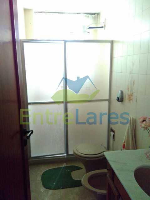 31 - Apartamento no Jardim Guanabara, 3 quartos sendo 1 suíte, precisando modernizar, 2 vagas de garagem. Rua Aylton Vasconcellos. - ILAP30195 - 12