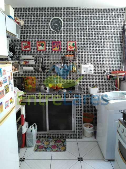38 - Apartamento na Portuguesa, 2 quartos, 1 vaga de garagem. Avenida Carlos Meziano. - ILAP20325 - 13