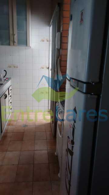 35 - Apartamento no Jardim Guanabara, 2 quartos, dependência, 1 vaga de garagem. Rua Cambaúba. - ILAP20326 - 9