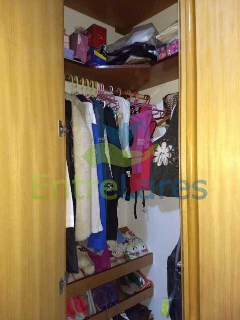 18 - Apartamento no Cacuia 2 quartos, varanda, dependência completa, 2 vagas de garagem. Estrada da Bica. - ILAP20335 - 10