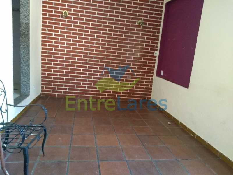 5 - Casa no Cacuia 3 quartos sendo 1 suíte, varandão, canil, 2 vagas de garagem. - ILCA30101 - 3