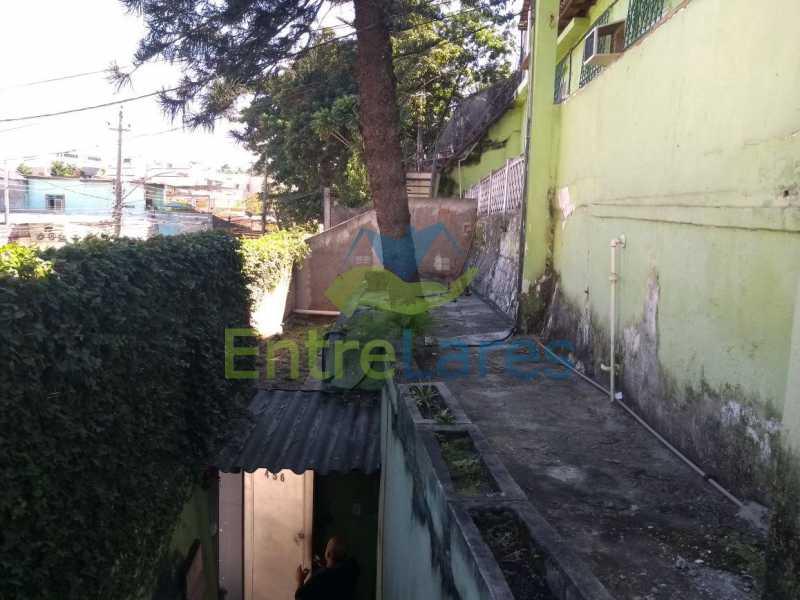 8 - Casa no Cacuia 3 quartos sendo 1 suíte, varandão, canil, 2 vagas de garagem. - ILCA30101 - 4