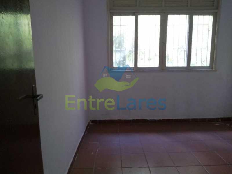 21 - Casa no Cacuia 3 quartos sendo 1 suíte, varandão, canil, 2 vagas de garagem. - ILCA30101 - 12