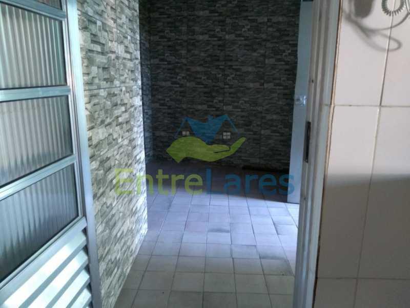 50 - Casa no Cacuia 3 quartos sendo 1 suíte, varandão, canil, 2 vagas de garagem. - ILCA30101 - 19