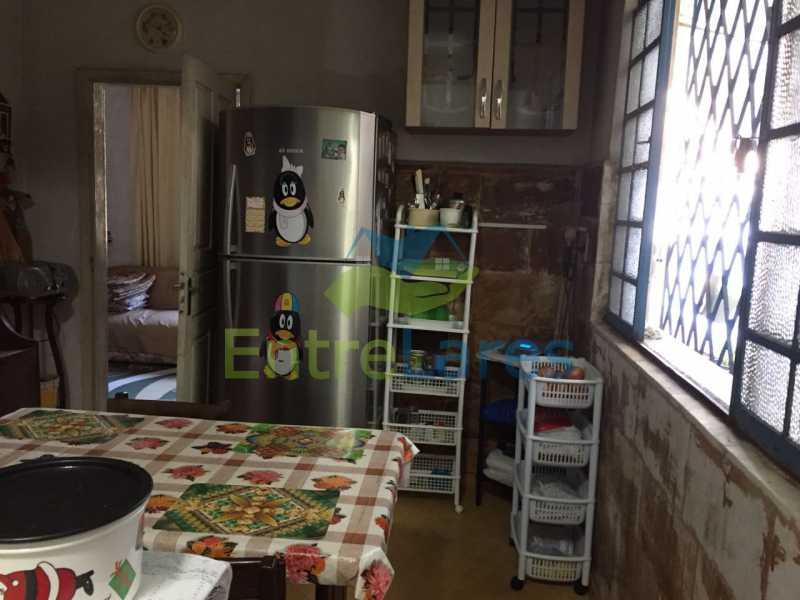 39 - Casa no Bancários, 2 quartos sendo 1 suíte, varandão, churrasqueira, 1 vaga de garagem. Rua Doutor Manuel Marreiros. - ILCA20057 - 18
