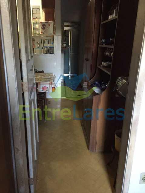 50 - Casa no Bancários, 2 quartos sendo 1 suíte, varandão, churrasqueira, 1 vaga de garagem. Rua Doutor Manuel Marreiros. - ILCA20057 - 20