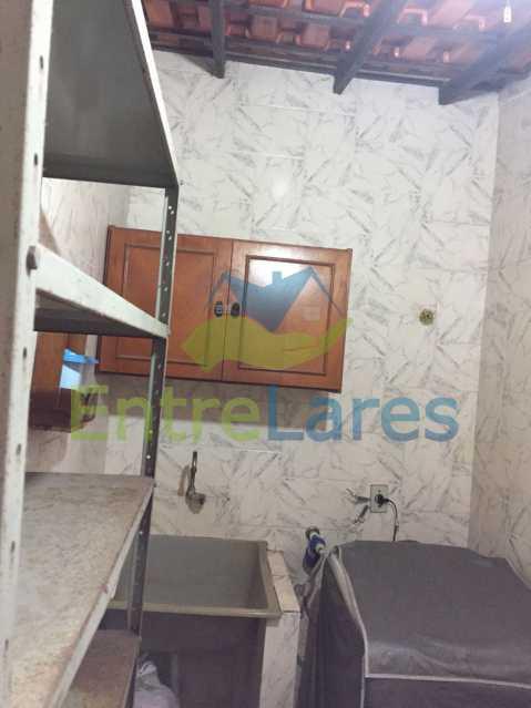 70 - Casa no Bancários, 2 quartos sendo 1 suíte, varandão, churrasqueira, 1 vaga de garagem. Rua Doutor Manuel Marreiros. - ILCA20057 - 21