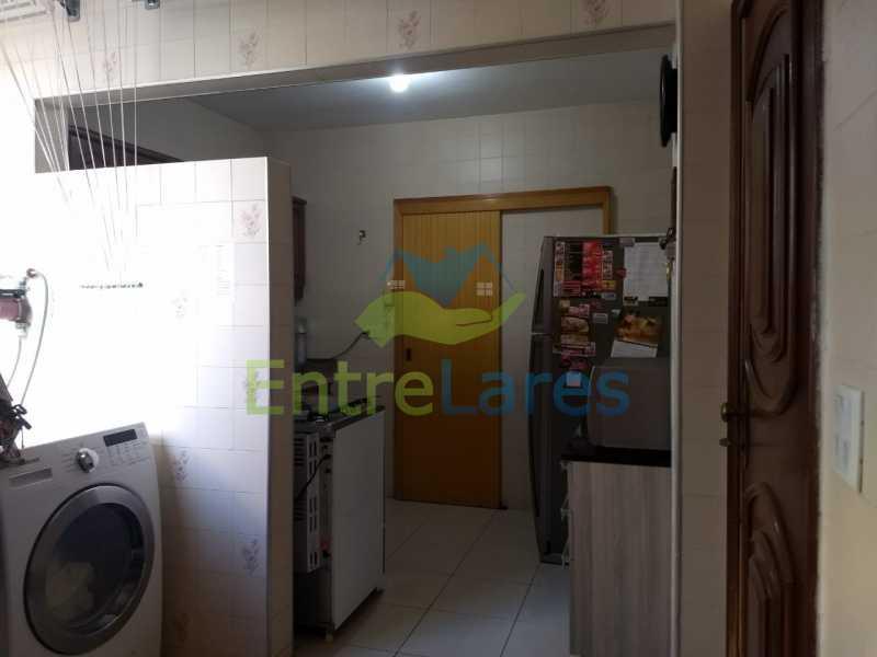 54 - Apartamento no Moneró 3 quartos sendo 1 suíte, varandão, dependência completa, 1 vaga de garagem. - ILAP30216 - 24