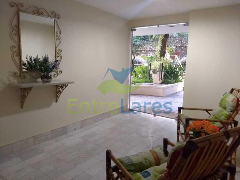 72 - Apartamento no Moneró 3 quartos sendo 1 suíte, varandão, dependência completa, 1 vaga de garagem. - ILAP30216 - 29