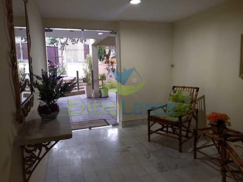 73 - Apartamento no Moneró 3 quartos sendo 1 suíte, varandão, dependência completa, 1 vaga de garagem. - ILAP30216 - 30