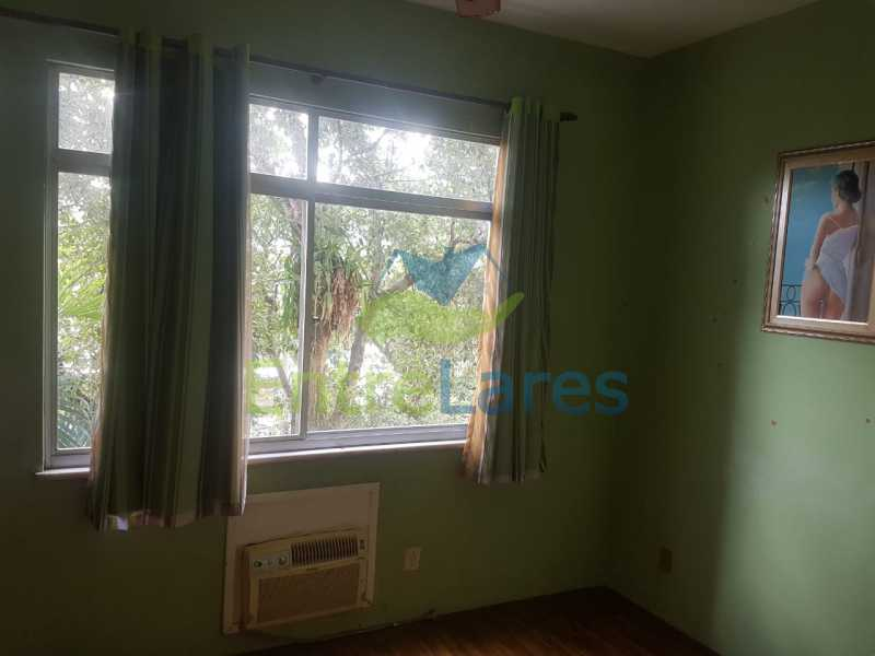 10. - Apartamento na Ribeira 2 quartos, varanda, dependência, 1 vaga de garagem. Rua Maldonado - ILAP20350 - 11