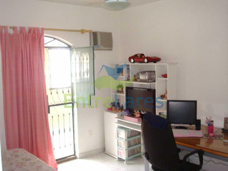 28 - Apartamento tipo casa no Moneró 4 quartos sendo 2 suítes com closet, 4 vagas de garagem. Estrada Governador Chagas Freitas - ILAP40045 - 17