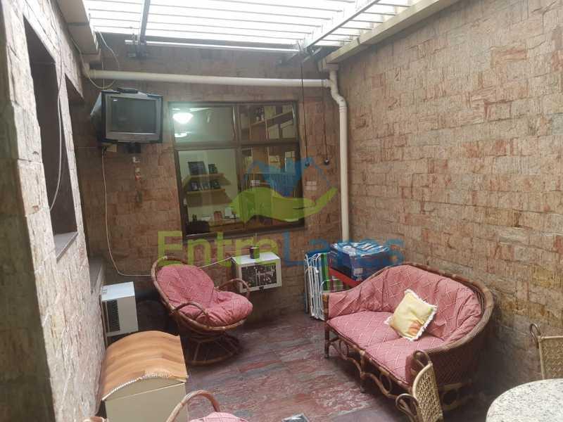 25. - Apartamento na Ribeira 3 quartos planejados sendo 1 suíte, copa cozinha planejada, dependência completa. 2 vagas de garagem. Rua Paramopama - ILAP30222 - 25