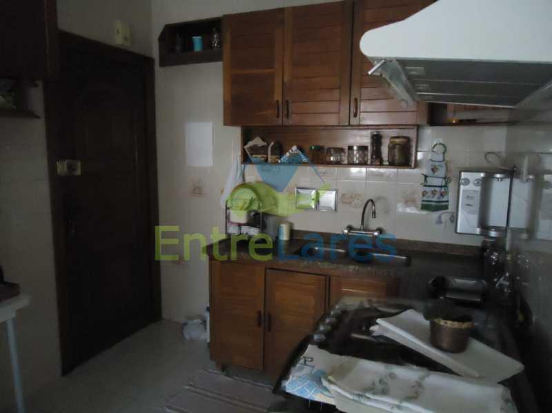 40 - Apartamento no Jardim Guanabara 3 quartos sendo 2 planejados e uma suíte com acesso a varanda, varanda com acesso a sala, copa - cozinha planejada, dependência completa, 3 vagas de garagem. Rua Gregório de Castro Morais. - ILAP30223 - 18