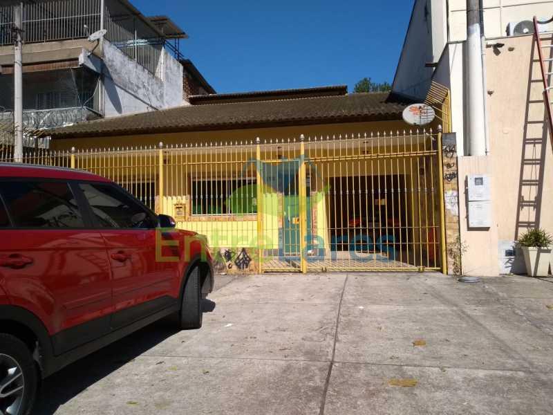 WhatsApp Image 2018-07-10 at 1 - Casa linear no Moneró 2 quartos sendo 1 suíte com closete, varanda com churrasqueira, 2 vagas. Estrada Governador Chagas Freitas. - ILCA20059 - 3
