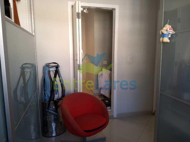 IMG-20180721-WA0004 - Apartamento no Jardim Guanabara 3 quartos sendo 1 suíte 1 dos quartos foi revertido em closet, dependência revertida em área de lazer, 1 vaga de garagem. Rua Henrique Lacombe. - ILAP30224 - 13