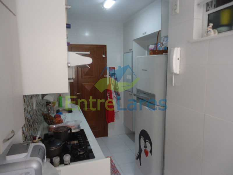 12 - Apartamento na Ribeira 2 quartos planejados, área de serviço, dependência revertida em escritório. Uma vaga de garagem. Rua Serrão. - ILAP20358 - 13