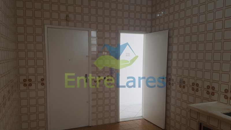 06 - Apartamento no Jardim Guanabara 2 quartos sendo 1 suíte, varandão, dependência completa, 1 vaga de garagem. Rua Carmem Miranda. - ILAP20363 - 12