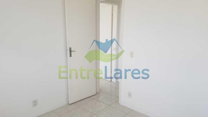 17 - Apartamento no Jardim Guanabara 2 quartos sendo 1 suíte, varandão, dependência completa, 1 vaga de garagem. Rua Carmem Miranda. - ILAP20363 - 10