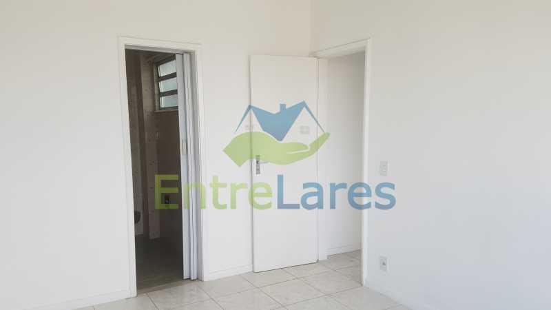 19 - Apartamento no Jardim Guanabara 2 quartos sendo 1 suíte, varandão, dependência completa, 1 vaga de garagem. Rua Carmem Miranda. - ILAP20363 - 8