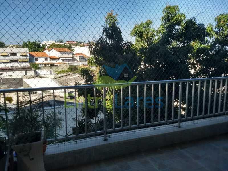 5 - Apartamento no Jardim Guanabara 3 quartos planejados sendo 1 suíte,copa cozinha planejadas, dependência de empregada revertida em escritório, 2 vagas de garagem. Rua Solano da Cunha. - ILAP30228 - 1