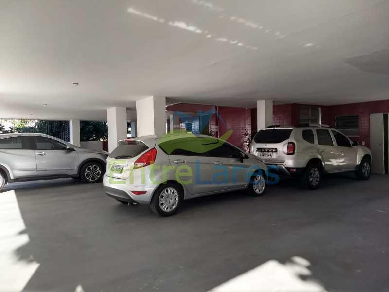 75 - Apartamento no Jardim Guanabara 3 quartos planejados sendo 1 suíte,copa cozinha planejadas, dependência de empregada revertida em escritório, 2 vagas de garagem. Rua Solano da Cunha. - ILAP30228 - 24