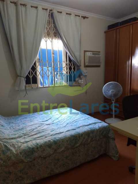 IMG-20180724-WA0218 - Casa duplex no Jardim Guanabara 5 quartos sendo 2 suítes, cozinha planejada, piscina, churrasqueira, 1 vaga de garagem. Aceita permuta. - ILCA50037 - 13