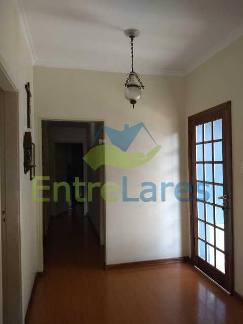 IMG-20180724-WA0230 - Casa duplex no Jardim Guanabara 5 quartos sendo 2 suítes, cozinha planejada, piscina, churrasqueira, 1 vaga de garagem. Aceita permuta. - ILCA50037 - 9