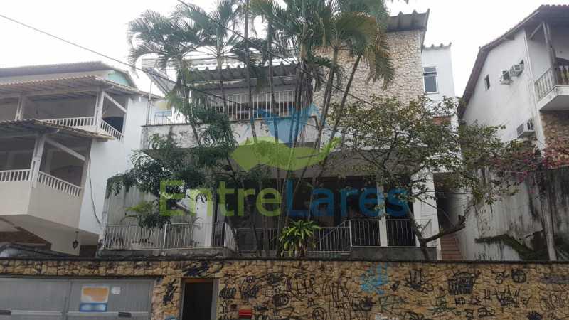 01. - Casa triplex no Jardim Guanabara 7 quartos sendo 1 suíte, varandão, copa cozinha planejada, piscina, terraço, 2 vagas de garagem. Aceita permuta. - ILCA70003 - 1