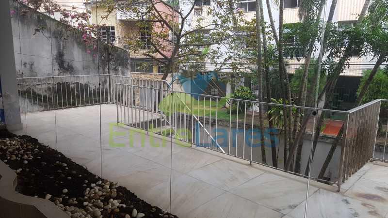 04 - Casa triplex no Jardim Guanabara 7 quartos sendo 1 suíte, varandão, copa cozinha planejada, piscina, terraço, 2 vagas de garagem. Aceita permuta. - ILCA70003 - 5