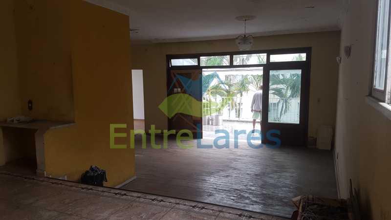 07 - Casa triplex no Jardim Guanabara 7 quartos sendo 1 suíte, varandão, copa cozinha planejada, piscina, terraço, 2 vagas de garagem. Aceita permuta. - ILCA70003 - 8