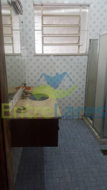 18 - Casa triplex no Jardim Guanabara 7 quartos sendo 1 suíte, varandão, copa cozinha planejada, piscina, terraço, 2 vagas de garagem. Aceita permuta. - ILCA70003 - 20